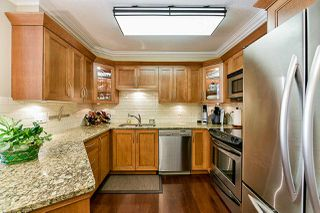 Photo 3: 213 25 RICHMOND Street in New Westminster: Fraserview NW Condo for sale : MLS®# R2357441
