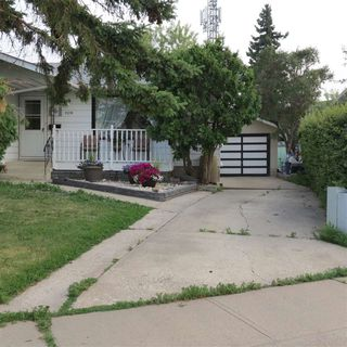 Main Photo: 11219 162A Avenue in Edmonton: Zone 27 House for sale : MLS®# E4152267