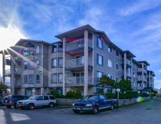 Main Photo: 402 8537 YOUNG Road in Chilliwack: Chilliwack W Young-Well Condo for sale : MLS®# R2361888