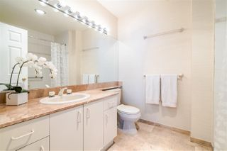 "Photo 14: 2400 6521 BONSOR Avenue in Burnaby: Metrotown Condo for sale in ""SYMPHONY I"" (Burnaby South)  : MLS®# R2367716"