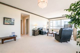 "Photo 6: 2400 6521 BONSOR Avenue in Burnaby: Metrotown Condo for sale in ""SYMPHONY I"" (Burnaby South)  : MLS®# R2367716"