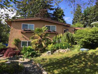 Photo 1: 1917 WILTSHIRE Avenue in Coquitlam: Cape Horn House for sale : MLS®# R2371481