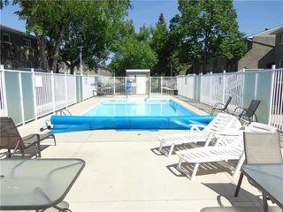 Photo 2: 301 212 Greenway Crescent West in Winnipeg: Condominium for sale (5H)  : MLS®# 1915236
