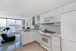 "Photo 9: 1006 939 EXPO Boulevard in Vancouver: Yaletown Condo for sale in ""THE MAX 2"" (Vancouver West)  : MLS®# R2381799"