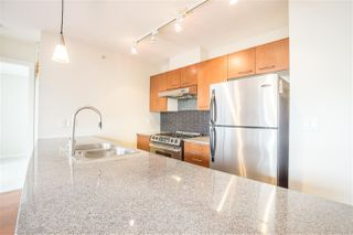 """Photo 6: 1102 4333 CENTRAL Boulevard in Burnaby: Metrotown Condo for sale in """"PRESEDIA"""" (Burnaby South)  : MLS®# R2388562"""