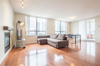 """Photo 2: 1102 4333 CENTRAL Boulevard in Burnaby: Metrotown Condo for sale in """"PRESEDIA"""" (Burnaby South)  : MLS®# R2388562"""