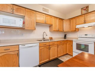 "Photo 7: 205 2083 COQUITLAM Avenue in Port Coquitlam: Glenwood PQ Condo for sale in ""TIFFANY COURT"" : MLS®# R2422423"