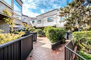 "Photo 3: 61 870 W 7TH Avenue in Vancouver: Fairview VW Townhouse for sale in ""LAUREL COURT"" (Vancouver West)  : MLS®# R2426624"