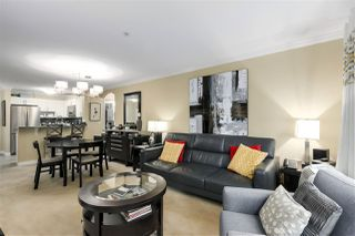 "Photo 5: 311 960 LYNN VALLEY Road in North Vancouver: Lynn Valley Condo for sale in ""BALMORAL HOUSE"" : MLS®# R2432064"