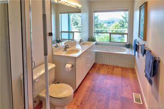 Photo 14: 1 4341 Crownwood Lane in VICTORIA: SE Broadmead Row/Townhouse for sale (Saanich East)  : MLS®# 833554