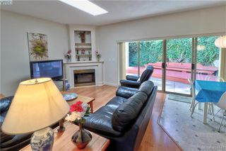 Photo 8: 1 4341 Crownwood Lane in VICTORIA: SE Broadmead Row/Townhouse for sale (Saanich East)  : MLS®# 833554