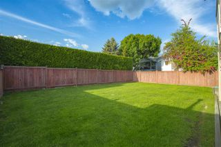 Photo 4: 19487 60 Avenue in Surrey: Cloverdale BC House for sale (Cloverdale)  : MLS®# R2456146