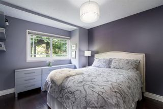 """Photo 8: 7983 227 Crescent in Langley: Fort Langley House for sale in """"Forest Knolls"""" : MLS®# R2475346"""