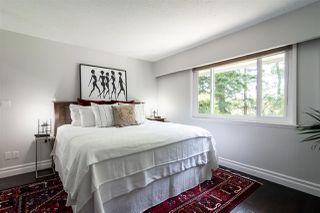 """Photo 7: 7983 227 Crescent in Langley: Fort Langley House for sale in """"Forest Knolls"""" : MLS®# R2475346"""
