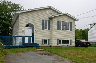 Photo 3: 172 Old Sambro Road in Halifax: 7-Spryfield Multi-Family for sale (Halifax-Dartmouth)  : MLS®# 202015684