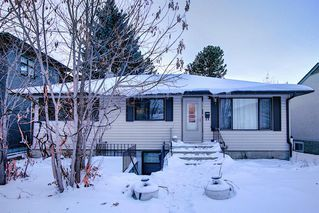 Photo 2: 10632 127 Street NW: Edmonton Detached for sale : MLS®# A1048989