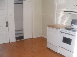 Photo 4: 586 CASTLE Avenue in WINNIPEG: East Kildonan Residential for sale (North East Winnipeg)  : MLS®# 1104183
