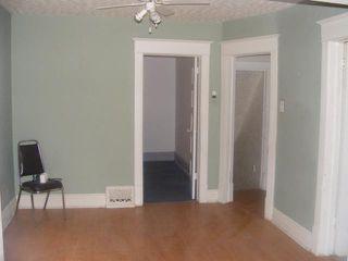 Photo 3: 586 CASTLE Avenue in WINNIPEG: East Kildonan Residential for sale (North East Winnipeg)  : MLS®# 1104183