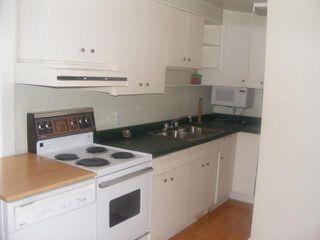 Photo 5: 586 CASTLE Avenue in WINNIPEG: East Kildonan Residential for sale (North East Winnipeg)  : MLS®# 1104183