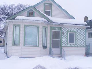 Photo 1: 586 CASTLE Avenue in WINNIPEG: East Kildonan Residential for sale (North East Winnipeg)  : MLS®# 1104183