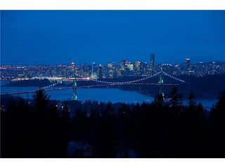 Photo 2: 102 1871 MARINE Drive in West Vancouver: Ambleside Condo for sale : MLS®# V886541