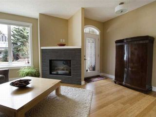 Photo 5: 1 523 34 Street NW in CALGARY: Parkdale Townhouse for sale (Calgary)  : MLS®# C3473184
