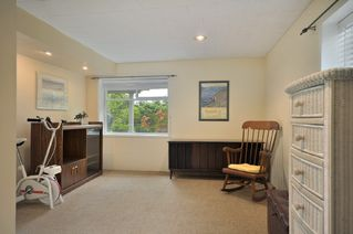 Photo 12: 1345 DYCK Road in North Vancouver: Lynn Valley House for sale : MLS®# V891936