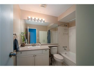 Photo 6: 216 BALMORAL PL in Port Moody: North Shore Pt Moody Townhouse for sale : MLS®# V1041716