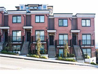Photo 1: 7 838 ROYAL Avenue in New Westminster: Sapperton Townhouse for sale : MLS®# V1093536