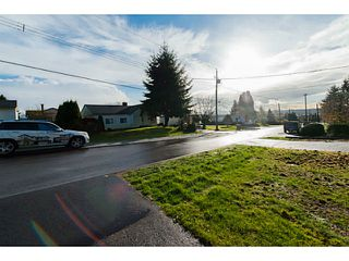 "Photo 5: 312 BURNS Street in Coquitlam: Coquitlam West House 1/2 Duplex for sale in ""COQUITLAM WEST"" : MLS®# V1094906"