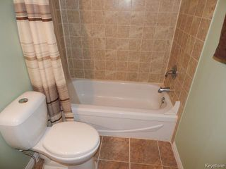 Photo 8: 512 Springfield Road in WINNIPEG: North Kildonan Residential for sale (North East Winnipeg)  : MLS®# 1509585