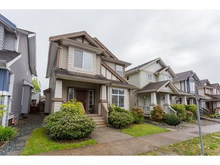 Photo 1: 18968 72 Avenue in Surrey: Clayton House for sale (Cloverdale)  : MLS®# F1439876