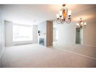 "Photo 5: 213 1111 LYNN VALLEY Road in North Vancouver: Lynn Valley Condo for sale in ""THE DAKOTA"" : MLS®# V1120837"