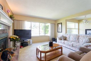 Photo 3: 1676 CORNELL Avenue in Coquitlam: Central Coquitlam Home for sale ()  : MLS®# V1069949