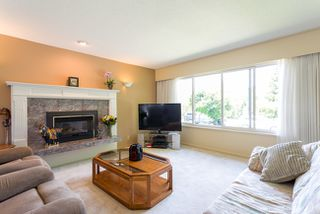 Photo 2: 1676 CORNELL Avenue in Coquitlam: Central Coquitlam Home for sale ()  : MLS®# V1069949