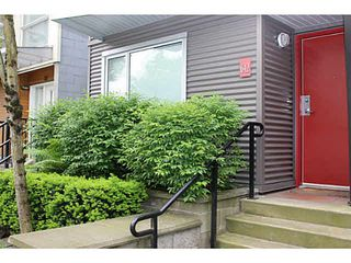 """Main Photo: 642 W 6TH Avenue in Vancouver: Fairview VW Townhouse for sale in """"BOHEMIA"""" (Vancouver West)  : MLS®# V1124880"""