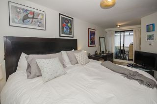 "Photo 12: 101 1512 YEW Street in Vancouver: Kitsilano Condo for sale in ""Beachcomber"" (Vancouver West)  : MLS®# R2025585"