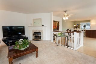 Photo 4: 1830 126 Street in Surrey: Crescent Bch Ocean Pk. House for sale (South Surrey White Rock)  : MLS®# R2036500
