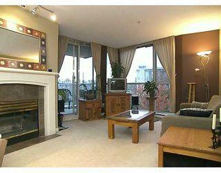 """Main Photo: 8460 JELLICOE Street in Vancouver: Fraserview VE Condo for sale in """"BOARDWALK"""" (Vancouver East)  : MLS®# V619956"""