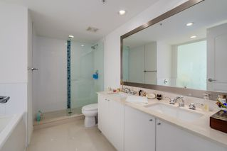 Photo 11: 602 133 E ESPLANADE in North Vancouver: Lower Lonsdale Condo for sale : MLS®# R2054454
