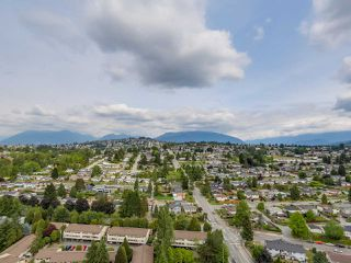 "Photo 19: 2804 2225 HOLDOM Avenue in Burnaby: Central BN Condo for sale in ""LEGACY TOWER 1"" (Burnaby North)  : MLS®# R2071147"