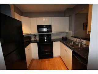 Photo 9: 18 3428 ADANAC Street: Renfrew VE Home for sale ()  : MLS®# V926225