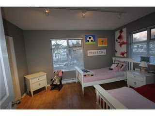 Photo 13: 18 3428 ADANAC Street: Renfrew VE Home for sale ()  : MLS®# V926225