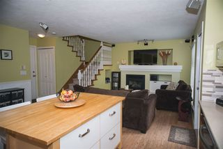 Photo 9: 9422 202A Street in Langley: Walnut Grove House for sale : MLS®# R2099681