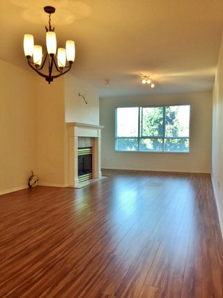 "Photo 5: 326 13880 70 Avenue in Surrey: East Newton Condo for sale in ""CHELSEA GARDENS"" : MLS®# R2101828"