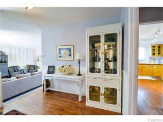 Photo 2: 39 Grimston Road in Winnipeg: Fort Richmond Residential for sale (1K)  : MLS®# 1622880