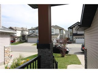 Photo 4: 157 SADDLECREST Crescent NE in Calgary: Saddle Ridge House for sale : MLS®# C4080225