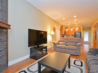 Photo 2: 9 1893 Prosser Road in SAANICHTON: CS Saanichton Townhouse for sale (Central Saanich)  : MLS®# 375240