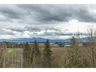 Photo 2: 1030 ROSS Road in Abbotsford: Aberdeen House for sale : MLS®# R2147511