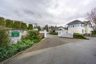 "Photo 1: 124 9208 208 Street in Langley: Walnut Grove Townhouse for sale in ""CHURCHILL PARK"" : MLS®# R2150916"